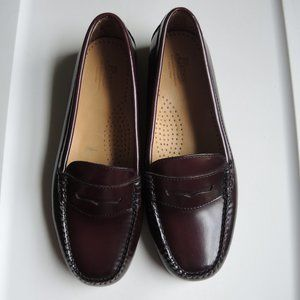 G.H.Bass Diana Weejuns Burgundy Penny Loafers NWOB